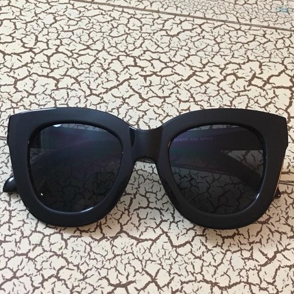 04fdbe8cb4 QUAY AUSTRALIA sunglasses - Sugar   Spice. M 5a52dbe8daa8f6d51900e57d